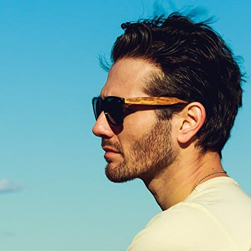 óculos de sol de madeira masculino