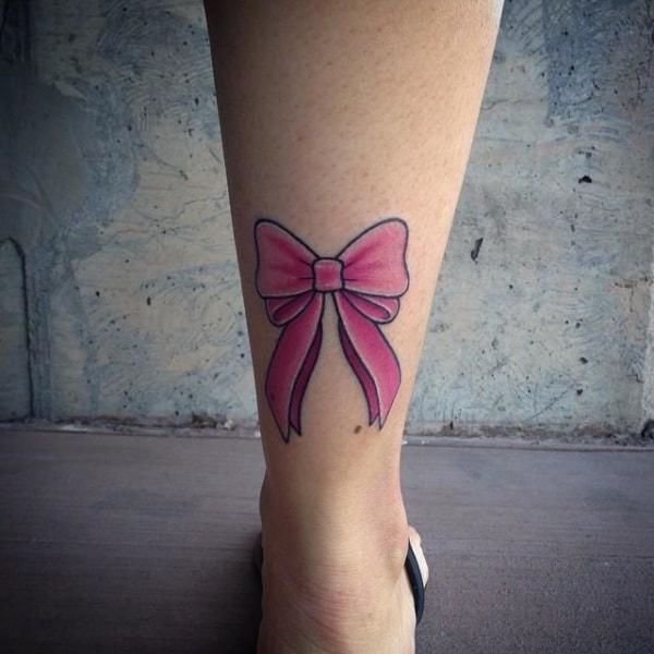tatuagem de laço rosa