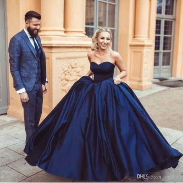 vestido princesa azul marinho