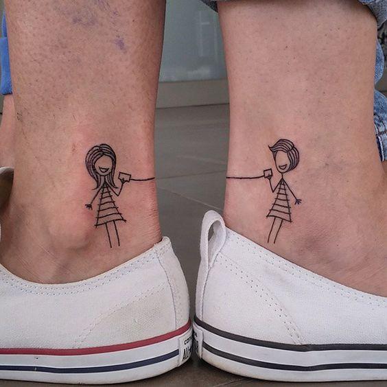 tatuagem palitinhos amigas