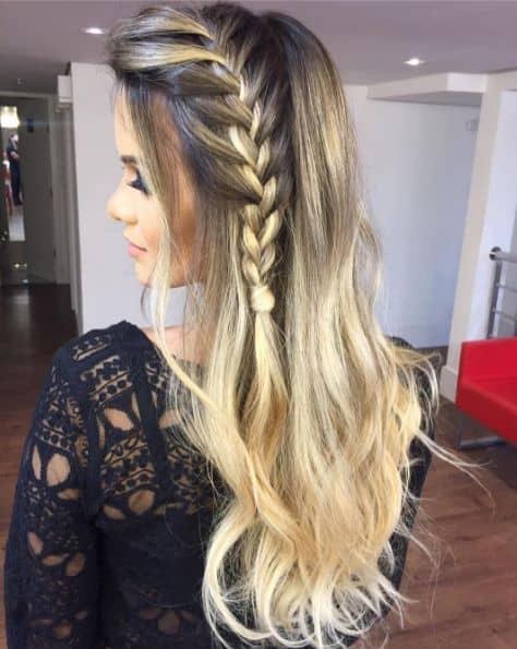 penteado solto com franja para cabelo longo