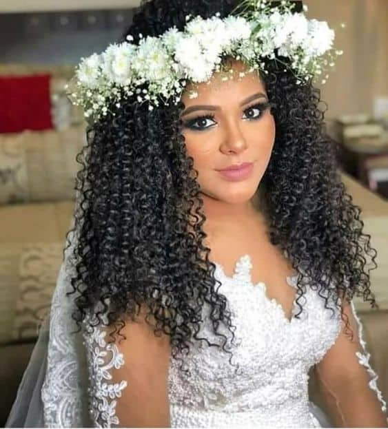 cabelo de noiva cacheado solto