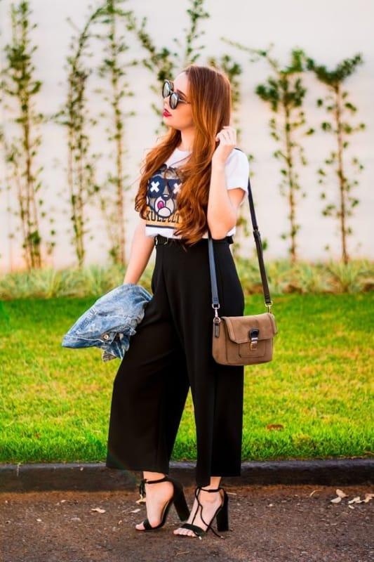 pantacourt com t shirt feminina