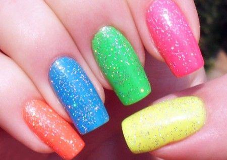 nail art simples carnaval 2020