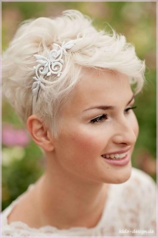 penteado para noiva de cabelo curtinho