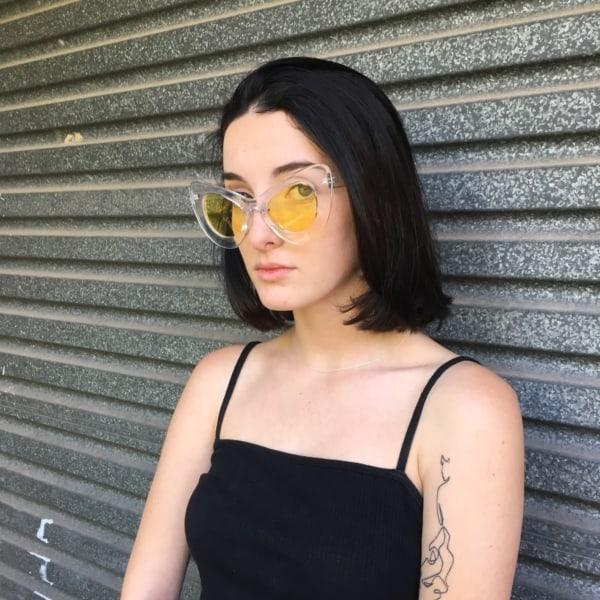 óculos de sol com lente amarela