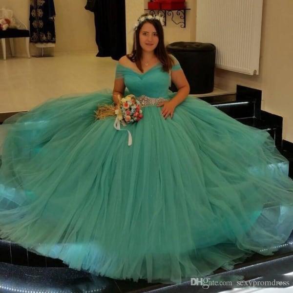 vestido rodado azul turquesa