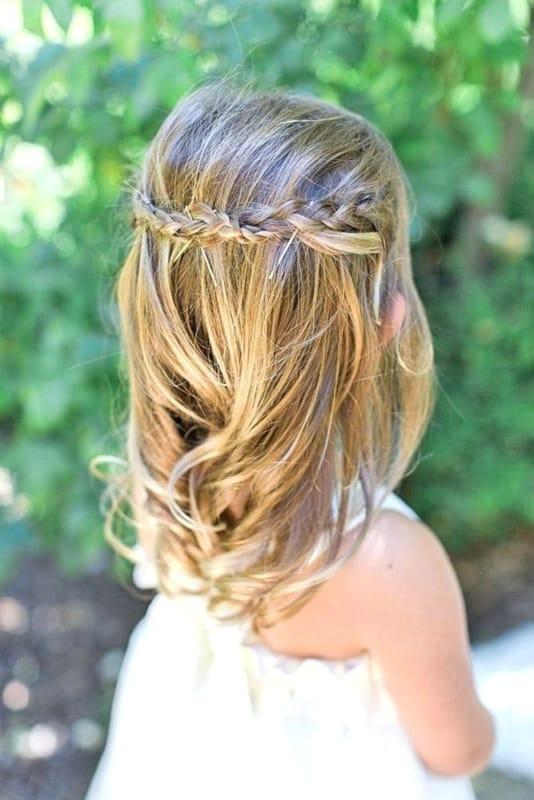 penteado de daminha semi preso com tranças