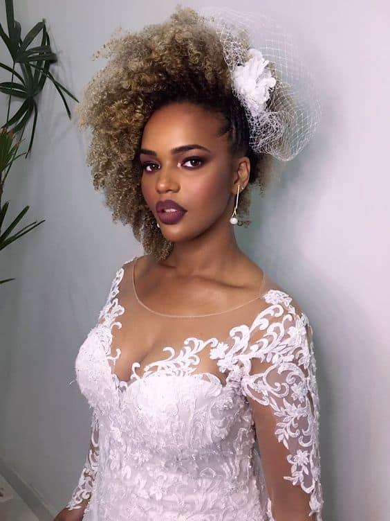 penteado de noiva com casquete