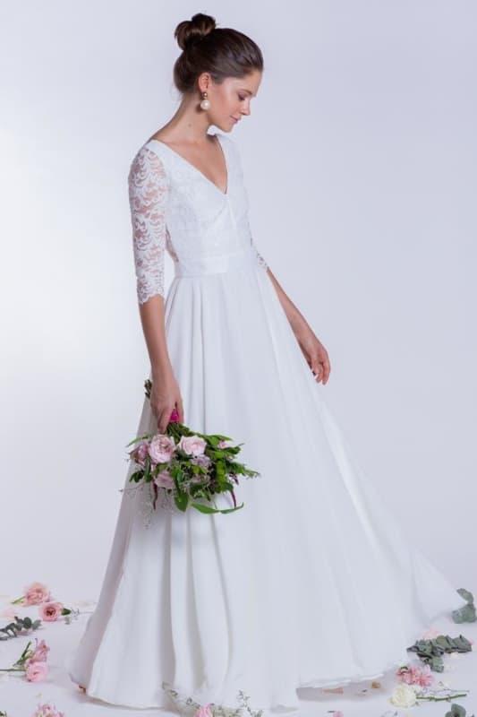 vestido de noiva simples com manga de renda