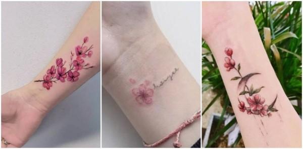 tatuagem flor de cerejeira no pulso