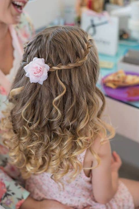 penteado para cabelo cacheado com trança
