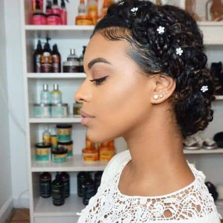 penteado preso para cabelo crespo