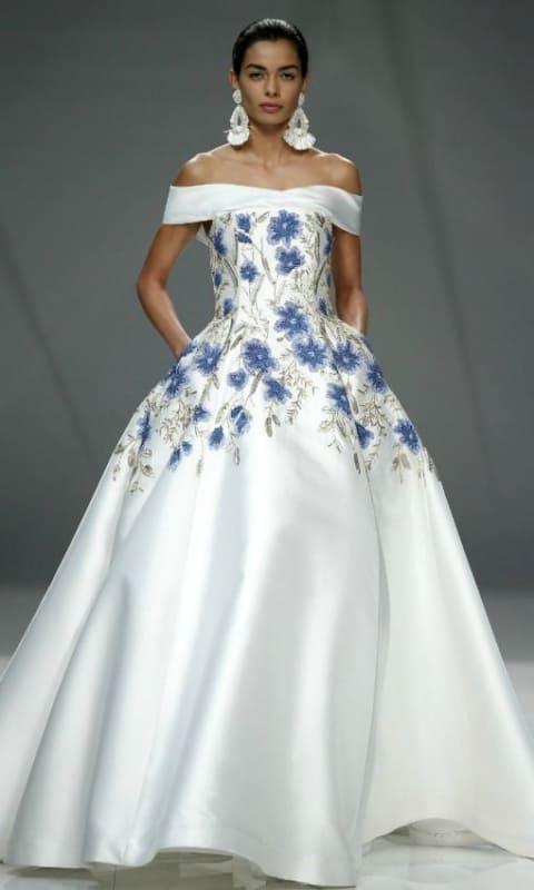 vestido branco azul noiva