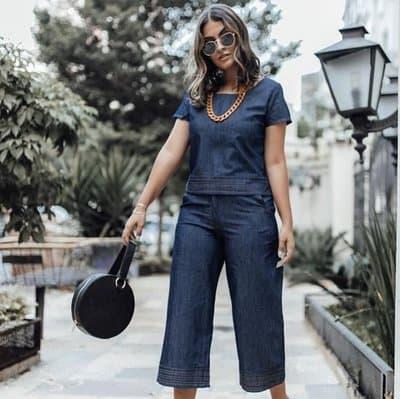 Look total jeans com pantacourt