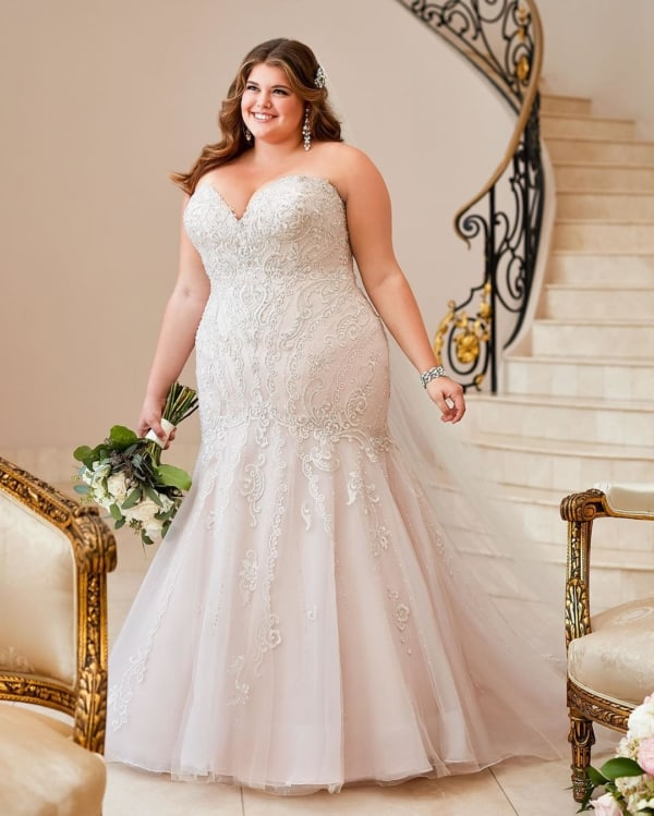 Vestido de noiva plus size sereia tomara que caia