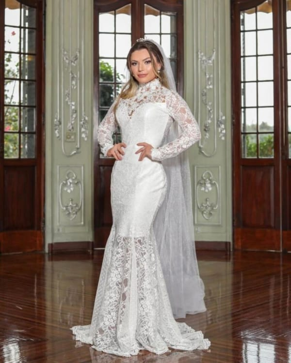 Vestido de noiva sereia com manga comprida todo rendado