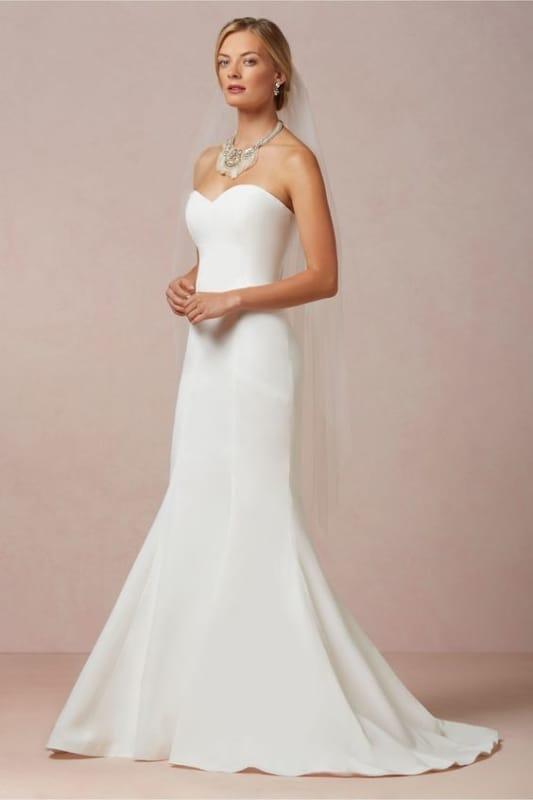 Vestido simples de noiva sereia