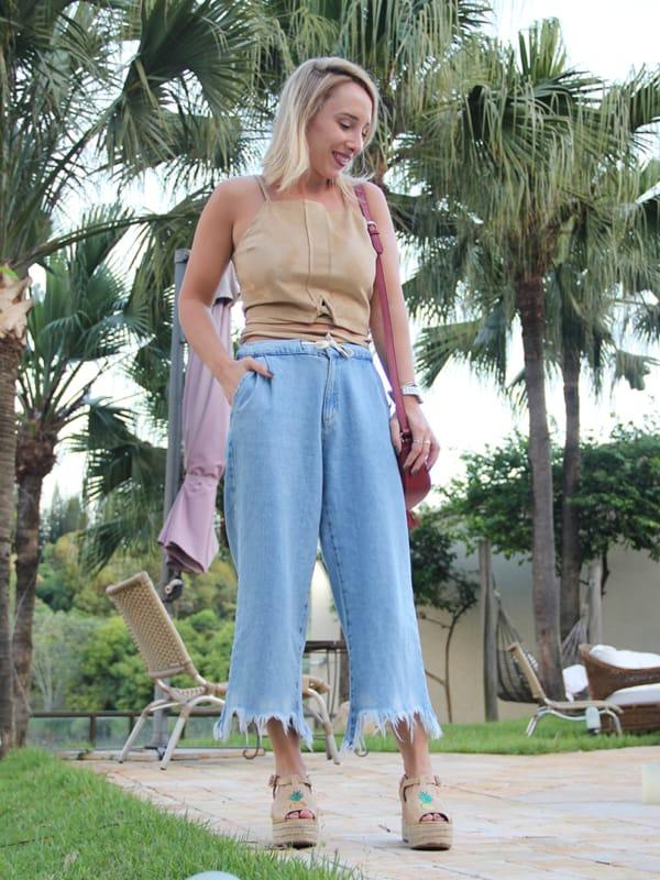Visual moderninho com pantacourt jeans clara