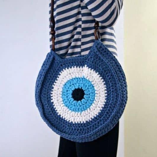 bolsa de crochê de olho grego
