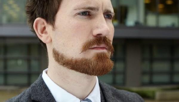 cavanhaque desenhado com bigode