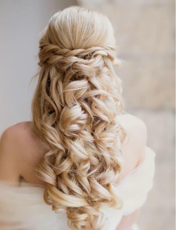 penteados de luxo loiro longo