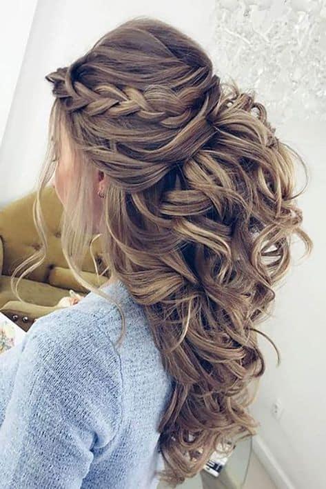 penteados de luxo solto com trança