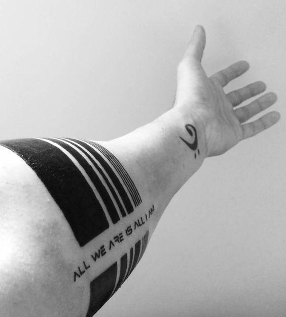 tatuagem de bracelete e frases