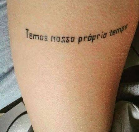 tatuagem de letra de música legião