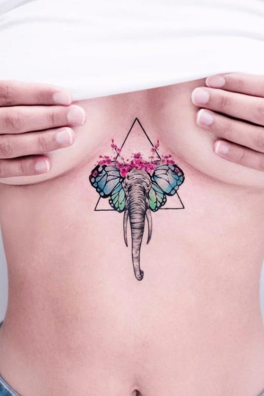 tatuagem feminina de elefante