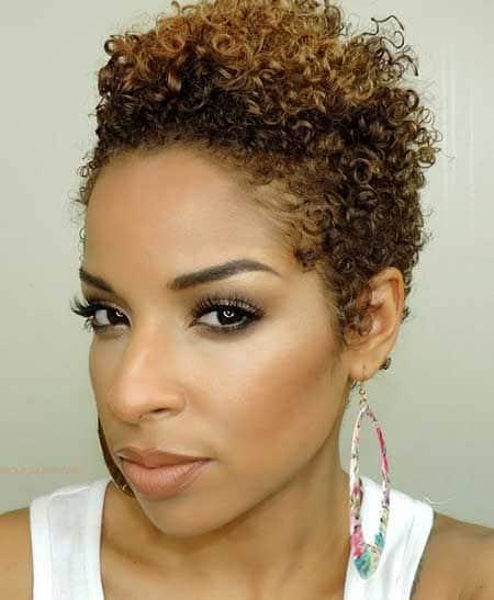 cabelo feminino com luzes