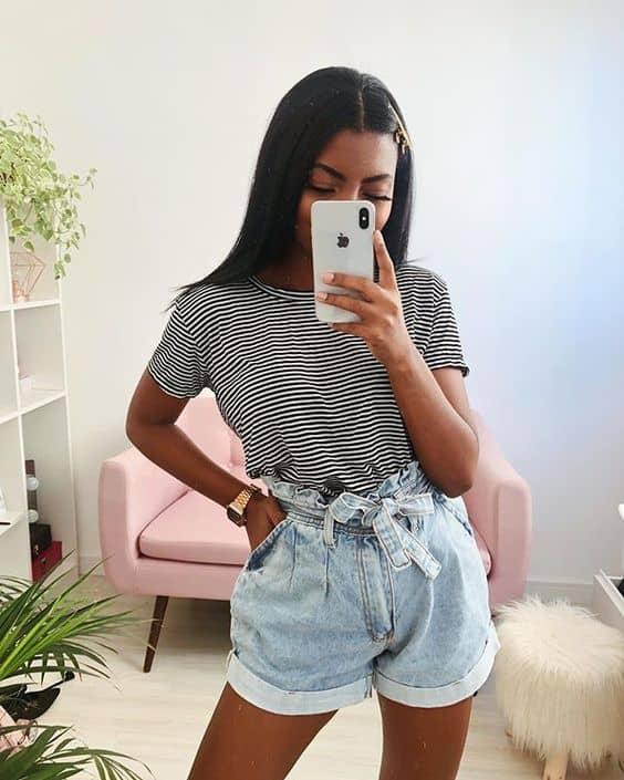 Blusa listrada e short clochard jeans