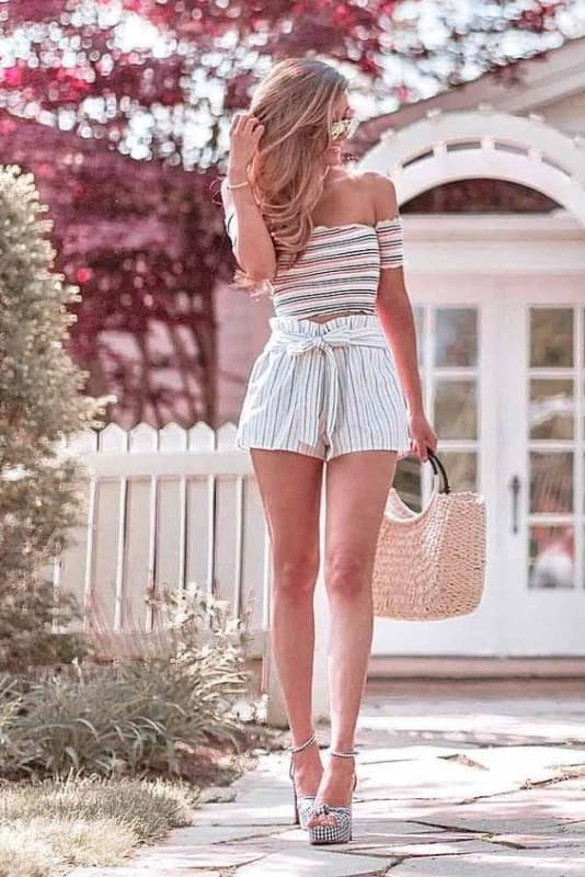 Look todo de listras com short clochard