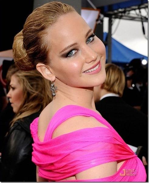 Maquiagem básica para usar com vestido rosa
