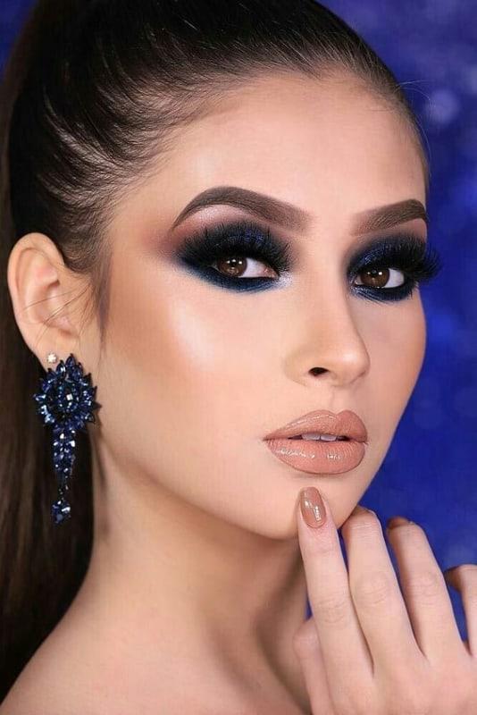 Olhos pretos e azuis para madrinhas