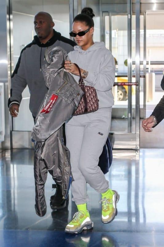 Rihanna com Chunky sneaker