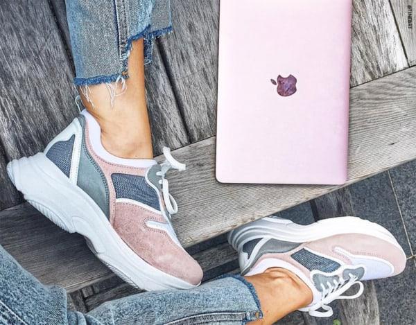 Chunky sneaker cinza e rosa