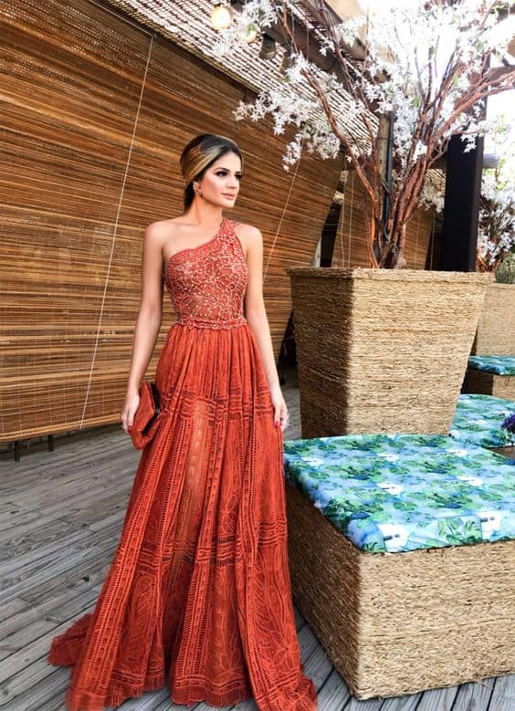Thássia Naves com Modelos de vestidos longos
