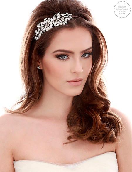 Tiara para noiva com cabelo solto