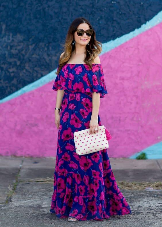 Vestido floral rosa e azul ciganinha