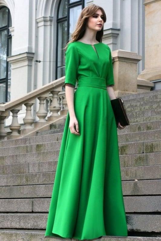 Vestido verde com manga três quartos