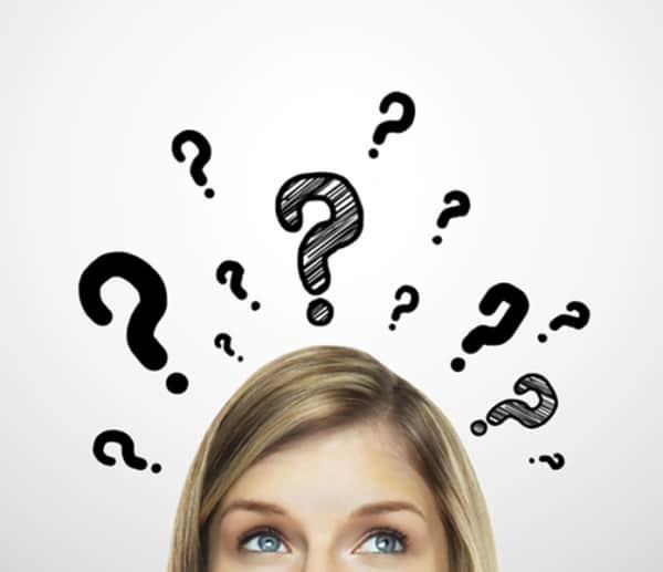 mulher dúvida interrogação 14