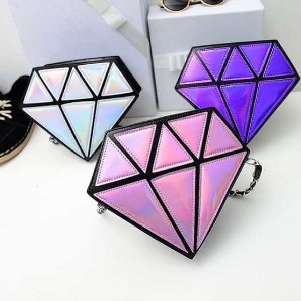 bolsa em formato de diamante