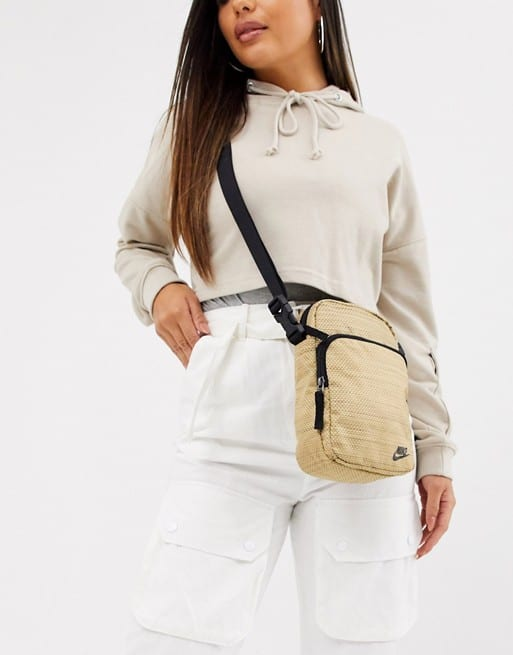 look com shoulder bag nude da Nike
