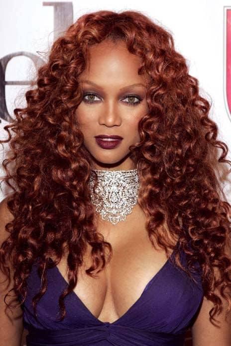 Tyra Banks com cabelo ruivo
