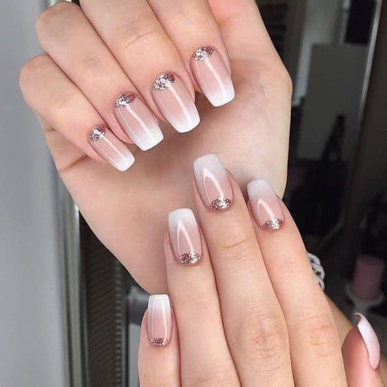 19 unhas decoradas com glitter e efeito ombré