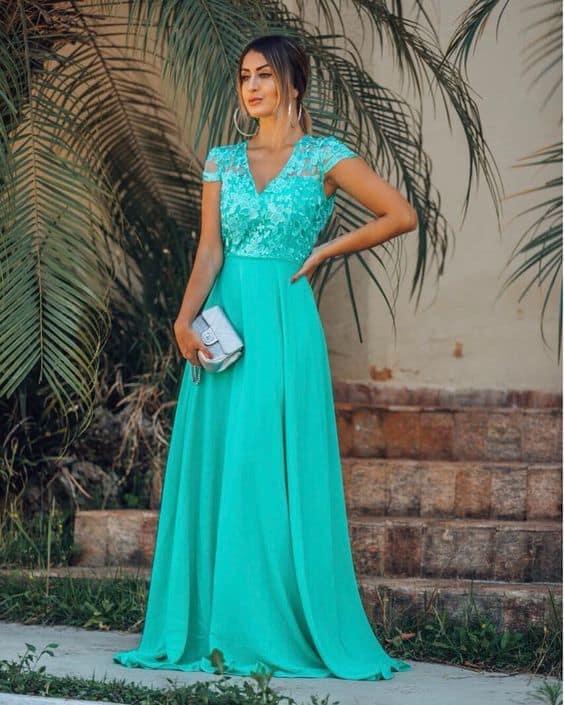 vestido de madrinha azul turquesa com manga curta