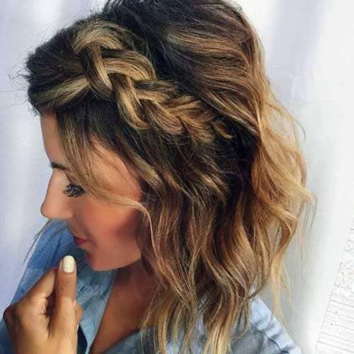 trança lateral com cabelo solto