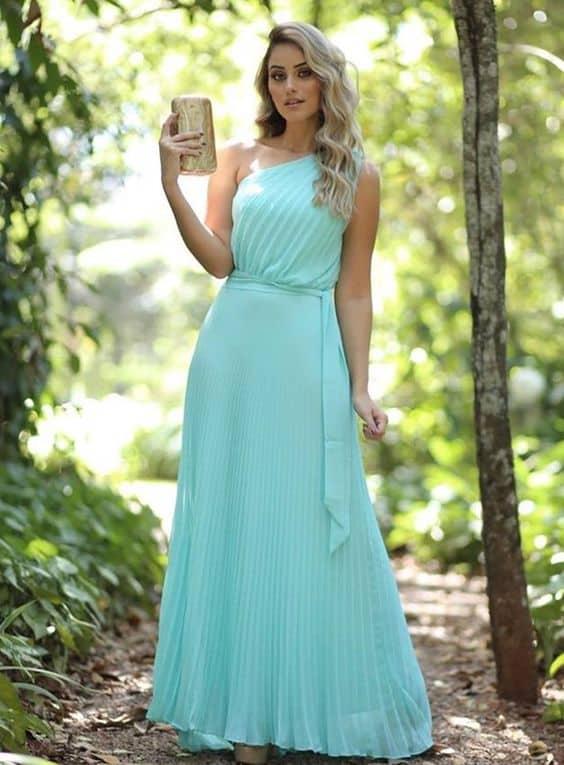 vestido longo plissado azul tiffany