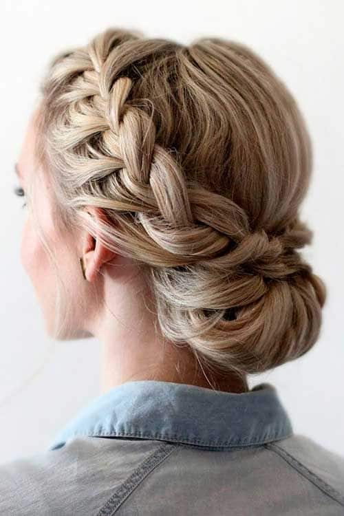 penteado preso com trança na franja